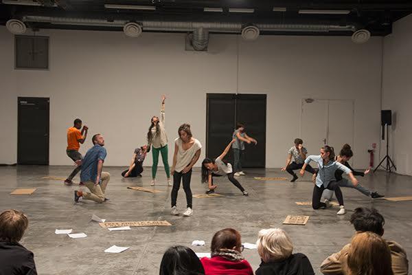 Tsuneko Taniuchi, Micro-événement n°49 /Space Oddity – l'Artiste à son studio. Performance présentée le 9 octobre 2016 au Générateur, Gentilly (France) ©Tsuneko Taniuchi Adagp, Paris 2017, Photo : Lu Wang